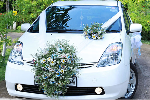 wedding-flower-design-car-deco-may-queen-flora-005